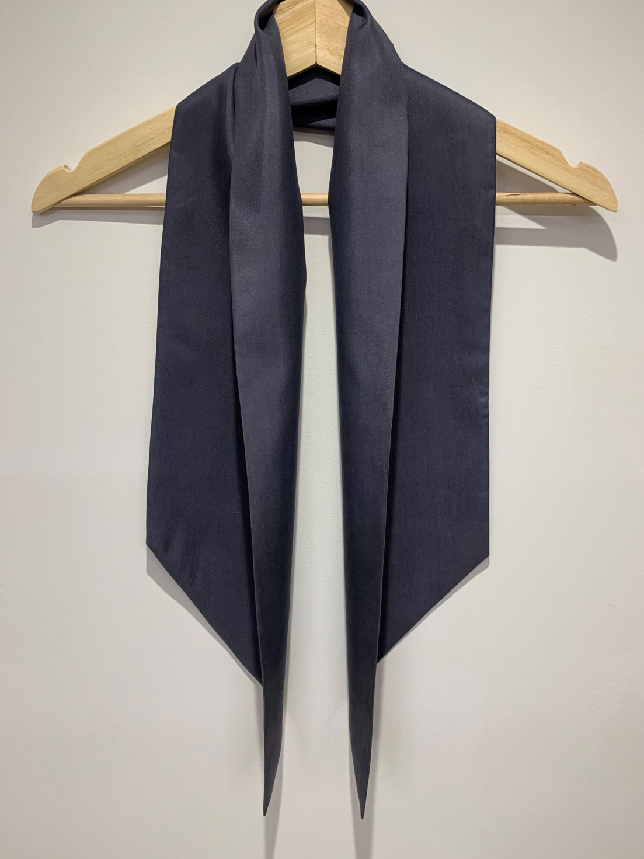 Plain 5 – Large Silk Twillie