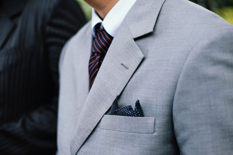 the history of the pocket square